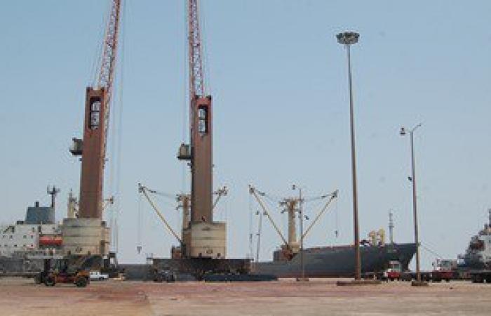 10 آلاف طن بضائع عامة تغادر اليوم ميناء الأدبية بالسويس