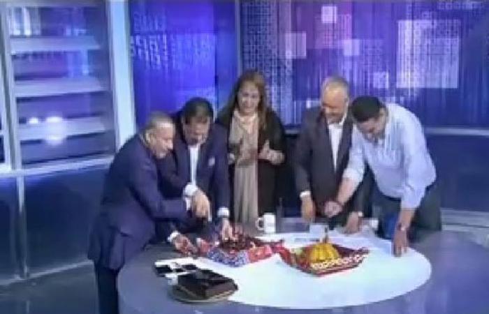 """أبو العينين وإعلاميو """"صدى البلد"""" يحتفلون ببراءة أحمد موسى على الهواء"""