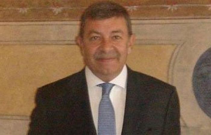 وقف بيع آثار مصرية بإحدى صالات المزادات بمدينة فلورنسا الإيطالية