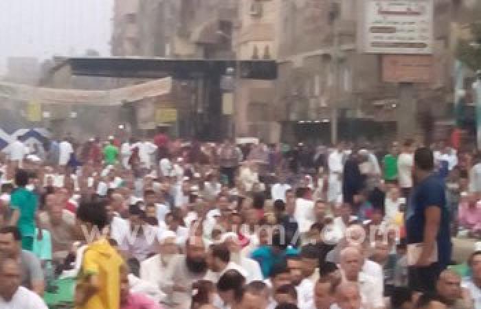بالصور.. المئات يؤدون صلاة العيد فى شبرا الخيمة