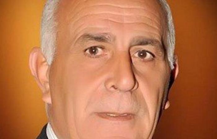 أمن دمياط يقدم رخص مرور وجوازات سفر مجانًا هدية قناة السويس