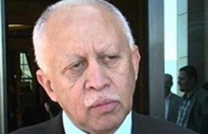 وزير الخارجية اليمنى ينفى وجود مبادرات سياسية جديدة لحل أزمة بلاده