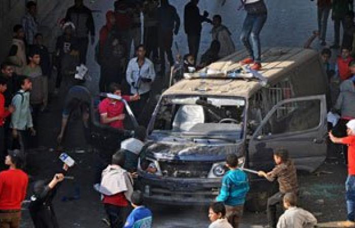 النيابة تباشر التحقيق فى واقعة اتهام مسجل بحرق سيارة شرطة بالسيدة زينب