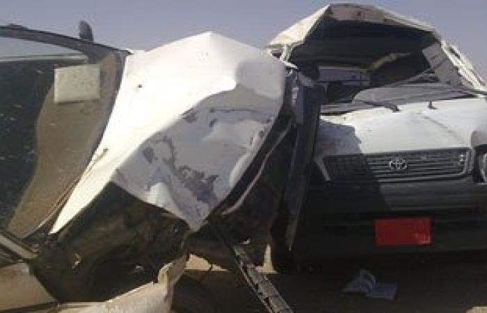 مصرع 2 وإصابة 4 من أسرة واحدة فى انقلاب سيارة بطريق سفاجا قنا