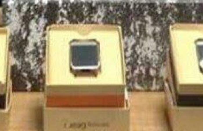 جمارك برج العرب تحبط محاولة تهريب أجهزة تنصت بحوزة راكب قادم من قطر