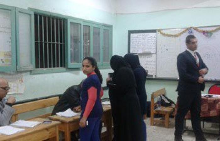 بالصور .. إقبال المرشحين على الإدلاء بأصواتهم بكفر الشيخ قبل إغلاق اللجان