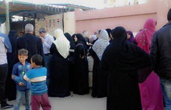 بالصور.. إقبال متوسط على اللجان الانتخابية فى دمياط