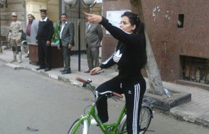 """بالصور.. سما المصرى تفجر مفاجأة: """"انتخبت قائمة حزب النور رغم أنه بيكفرنى"""""""