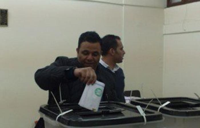 """محمد فؤاد خلال الإدلاء بصوته فى الجامعة العمالية: """"أنا مخاصم الصحافة"""""""