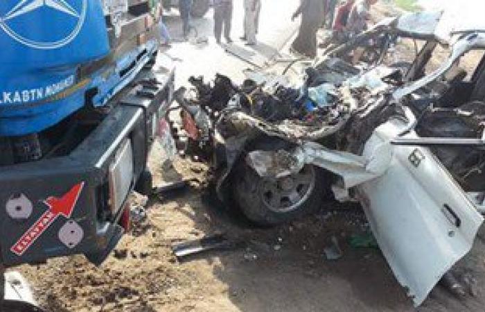 مصرع وإصابة 4 من عائلة واحدة فى حادث تصادم بطريق العامرية