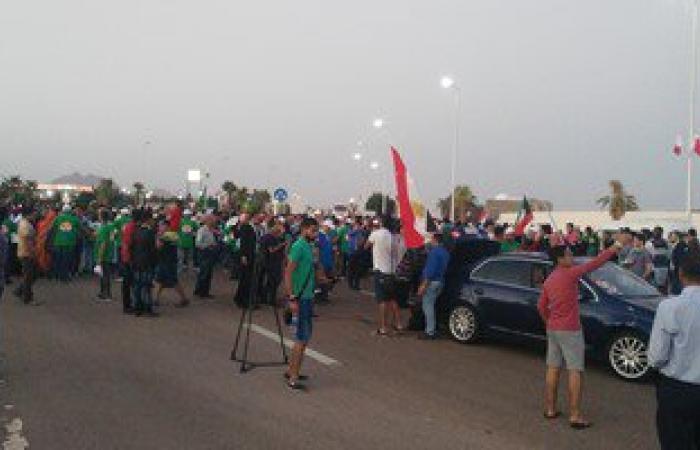 بالصور.. انطلاق مسيرة عربية فى شرم الشيخ دعما للسياحة