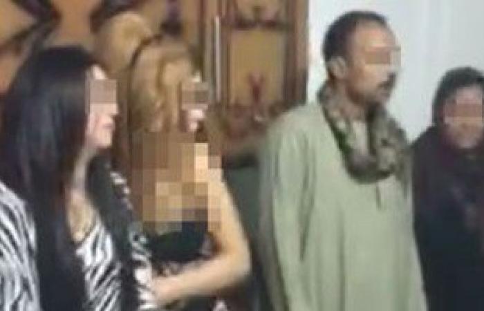 ضبط عاطل يسهل دعارة الفتيات بالإسكندرية