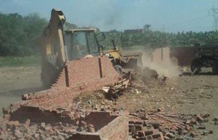 إزالة 17 حالة تعدى على الأراضى الزراعية وتحرير 65 محضر تموينى بأسيوط
