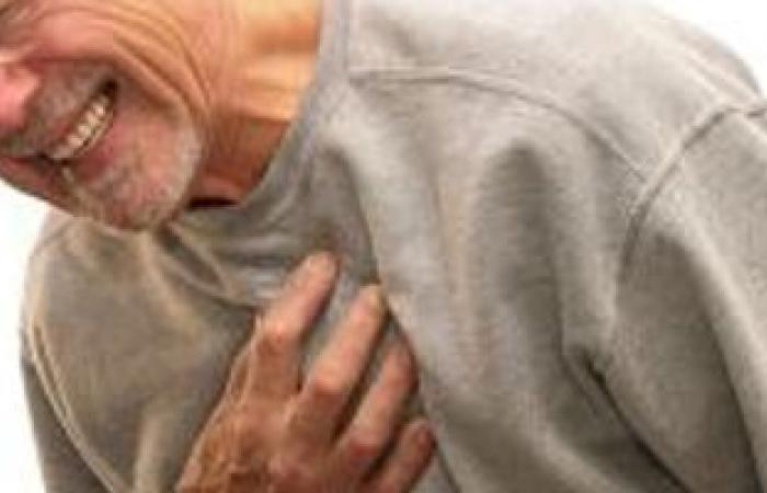 بعد التدخين والكولسترول..الضغط النفسى من أسباب الإصابة بانسداد عضلة القلب