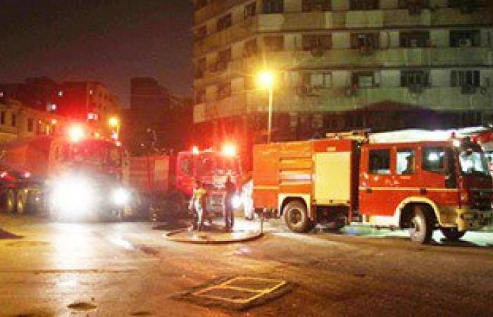 اطفاء حريق نشب فى 6 سيارات وتروسيكل بجوار خط غاز الصف