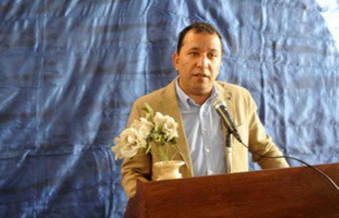 محافظ الأقصر يتفقد المشروعات الجديدة بمدينة أرمنت
