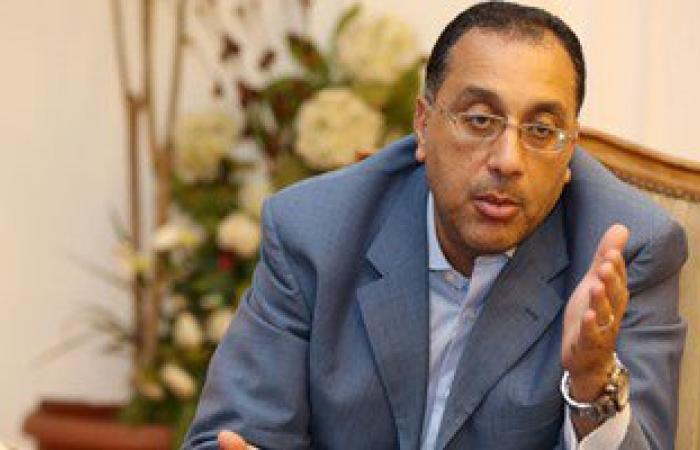 وزير الإسكان يتفقد مشروع تنمية شمال غرب خليج السويس