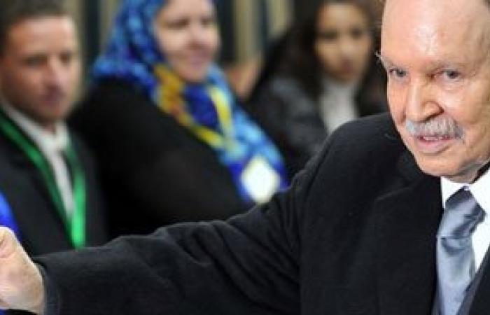 نيويورك تايمز: صراع على السلطة بالجزائر وسط شكوك بشأن صحة بوتفليقة