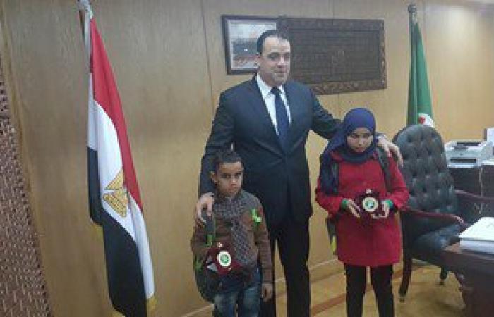 """محافظ الفيوم: إطلاق اسم الشهيد """"علاء محمد"""" على إحدى مدارس قريته"""
