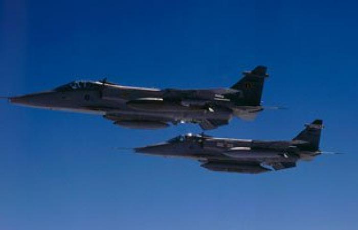 """طيران العراق والتحالف الدولى ينفذ 37 طلعة جوية ضد """"داعش"""""""