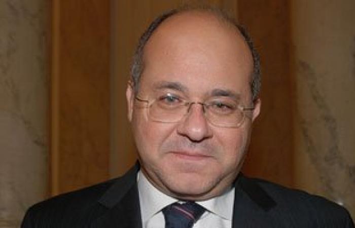سفير مصر باليابان يبحث مع محافظ طوكيو نقل خبراتهم لتطوير العاصمة الإدارية