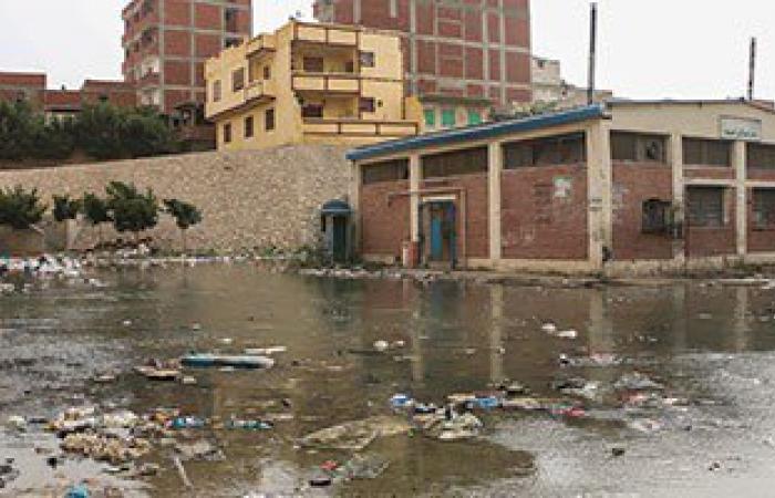 أهالى مساكن الصينية بالإسكندرية يستغيثون بسبب ارتفاع منسوب مياه الصرف والأمطار