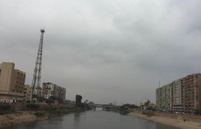 بالصور.. أمطار غزيرة على محافظة أسيوط ومراكزها