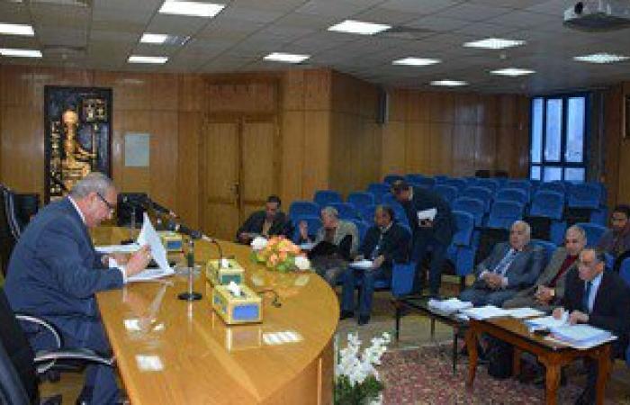 محافظ المنيا يكلف لجنة الدعم الفنى بالإسراع فى انجاز المشروعات الاستثمارية