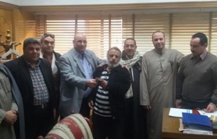رئيس مدينة المحلة يسدد مقدم شقة لمعاق لصالح الأوقاف عجز عن تدبير ثمنها