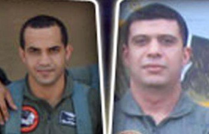 """ننشر صور الطيارين الشهيدين فى سقوط """"طائرة تدريب"""" بالإسماعيلية"""