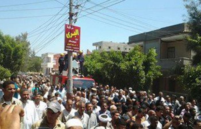 وصول جثمان الشهيد فتحى طايع قبيصى إلى مسقط رأسه بقرية الجريدات بسوهاج