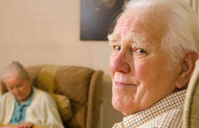 صنداى تايمز: تحسين نظام الحياة قبل سن العشرين يقضى على خطر الإصابة بالخرف