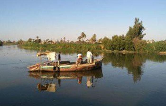 ضبط 11 معدية للعمل بدون ترخيص خلال حملة أمنية فى البحيرة