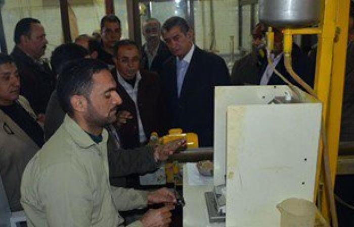 بالفيديو والصور.. محافظ كفر الشيخ يتفقد مصنع سكر البنجر بالحامول