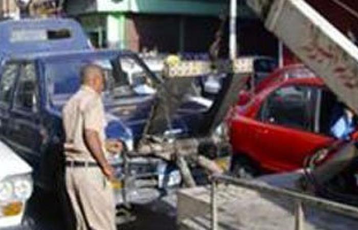 المرور يرفع 13 سيارة متروكة بشوارع الهرم و فيصل للحد من العمليات الإرهابية