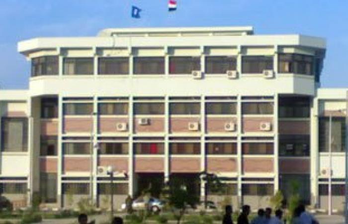مجلس كلية الآداب فى السويس يناقش استعدادات التيرم الثانى