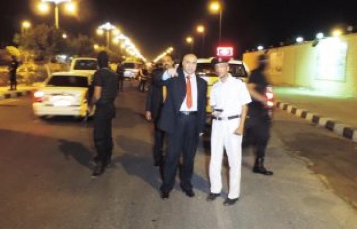 بالصور.. مدير أمن مطروح يقود حملة مرورية مسائية وضبط 469 مخالفة