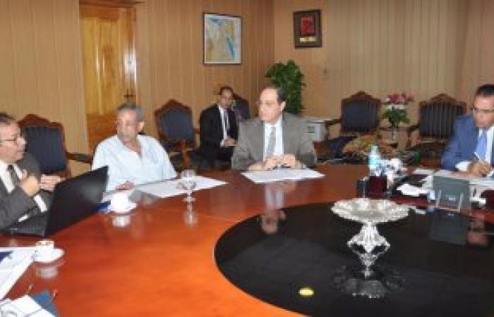 """رئيس جامعة المنصورة يبحث خطة إنشاء """"مجمع جامعة المنصورة للابحاث والتنمية """""""