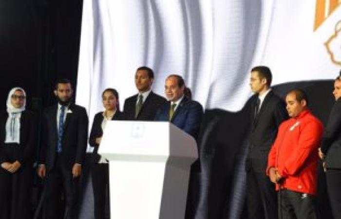 السيسى: مصر تحتاج إلى كثير من التجرد ونكران الذات
