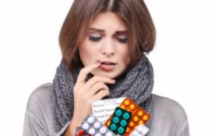احذر.. المضادات الحيوية تؤثر على الصحة وتسبب التهاب القولون والأمعاء