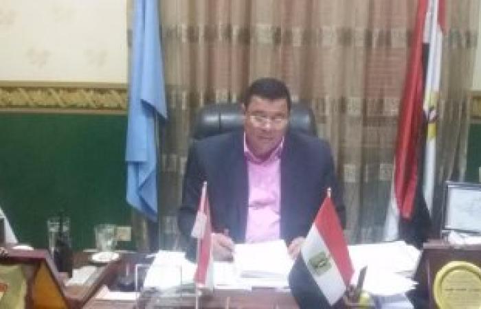 رئيس مدينة سمنود يراجع مع مدير مركز المعلومات خطة مواجهة السيول
