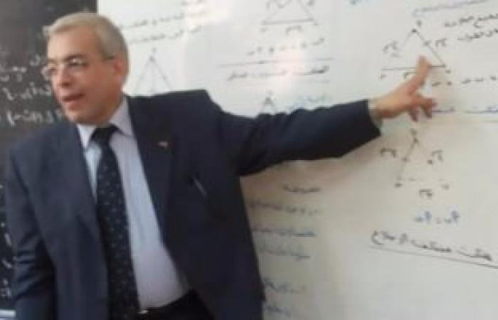 تعليم القليوبية تنتهى من تسليم كتب الرياضيات والعلوم بالمدارس الرسمية للغات