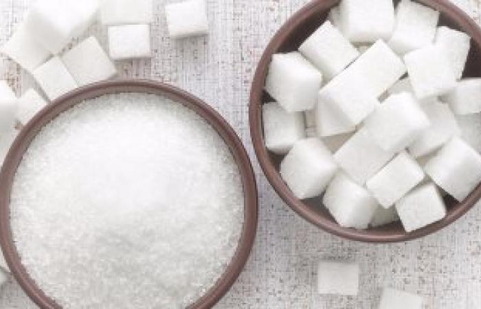 4 أسباب لتقليل استخدام السكر.. يصيب بالشيخوخة المبكرة ويغير المزاج