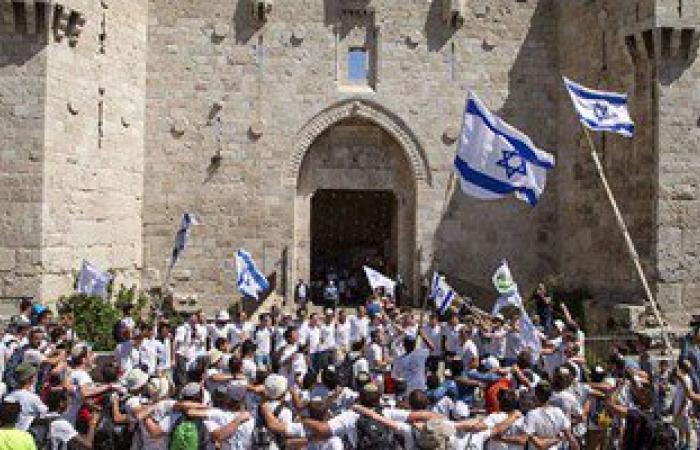 مستوطنون يهود يقتحمون المسجد الأقصى لأداء صلوات تلمودية