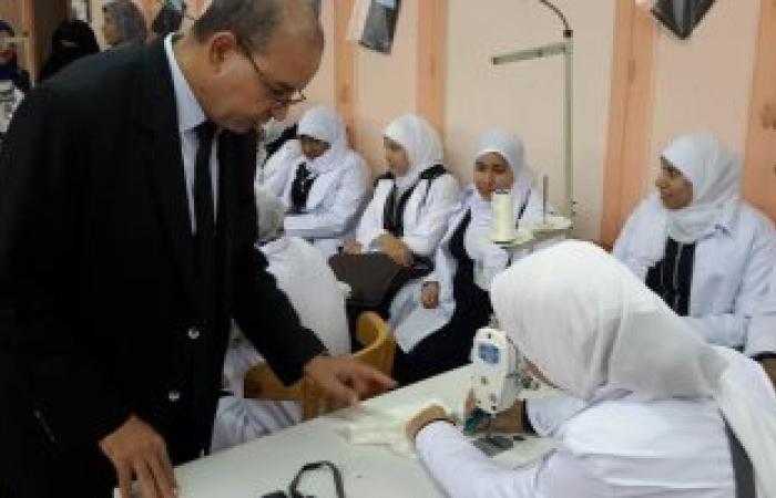 بالصور.. وكيل تعليم بورسعيد يتابع سير العملية التعليمية بعدد من المدارس