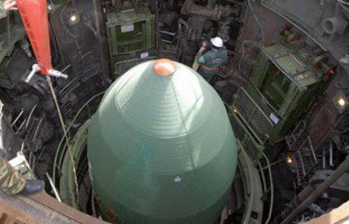 """بوتين يأمر بنشر صواريخ """"الشيطان"""" النووية السرية ردا على تهديدات أمريكا"""
