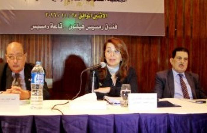 «والى» تطالب بإحلال المنتج المصري محل المستورد وتعظيم الإنتاجية