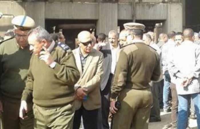 نيابة قسم ثان شبرا الخيمة تعاين حريق شركة صوامع القمح بمسطرد