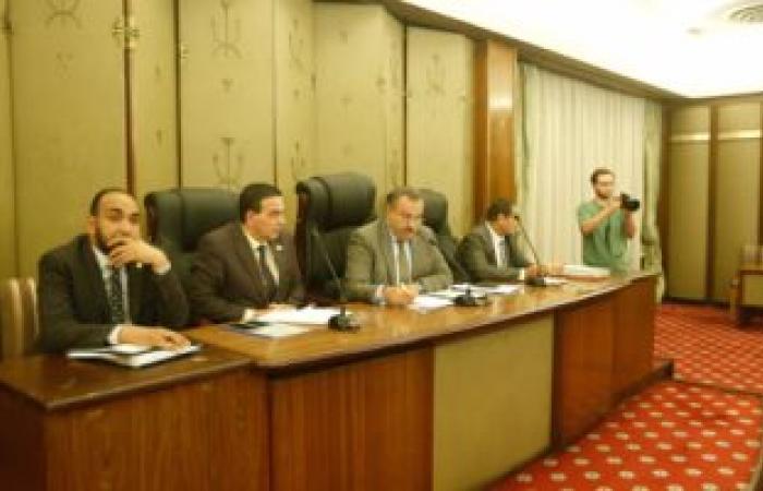 """""""الصحة"""": الوزير يلتقى رؤساء شركات ومصانع الأدوية غدا"""