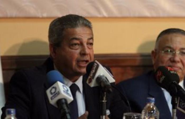 اتحاد الكرة يطالب عبدالعزيز بتحديد جلسة مع الداخلية لمناقشة عودة الجماهير